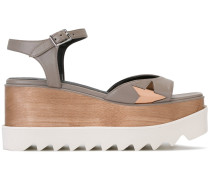 Flatform-Sandalen mit Stern-Patch