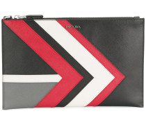 Clutch mit Chevron-Muster