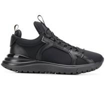 Sneakers mit Gancini-Schild