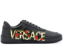 Sneakers mit Logo-Print