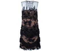 Verziertes Kleid mit Sickereien