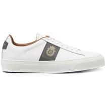 Sneakers mit Wappen