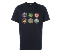 T-Shirt mit Badges-Print