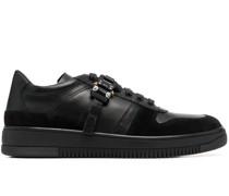 Sneakers mit Schnallenverschluss