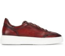 Sneakers mit ausgeblichenem Effekt