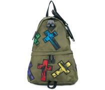 Rucksack mit Kreuz-Patches
