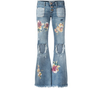 Ausgestellte Jeans in Distressed-Optik