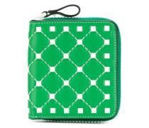 Garavani Free Rockstud compact wallet