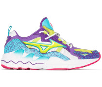 'Wave Rider Fresh 90' Sneakers