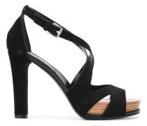 Sandalen mit Riemen - women