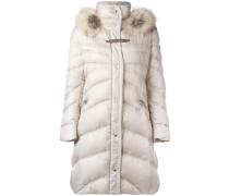 Gefütterter Mantel mit Pelzbesatz