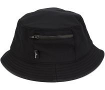 Hut mit Reißverschlusstasche