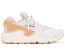 'Air Huarache Run SE' Sneakers