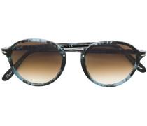 tortoiseshell-effect sunglasses