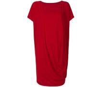 Knielanges Kleid mit Drapierung