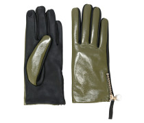 contrast gloves