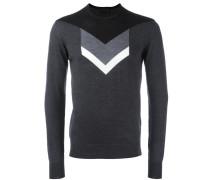 Intarsien-Pullover mit Pfeilmuster