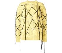 Pullover mit Ziernähten