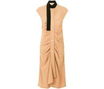 Gerafftes Kleid mit Schal