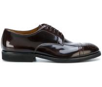 Derby-Schuhe mit Budapester-Detail