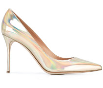 Stiletto-Pumps im Metallic-Look