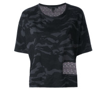 - cropped camouflage T-shirt - women