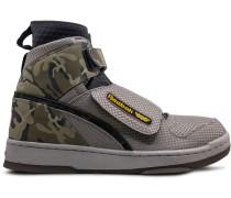 'Alien Storm Bug Stomper' Sneakers