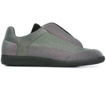 Slip-On-Sneakers mit Metallic-Effekt