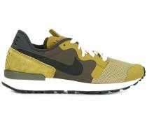 'Air Berwuda' Sneakers