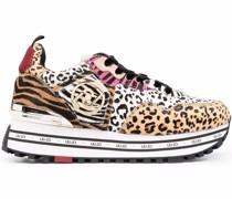 Sneakers mit Animal-Print