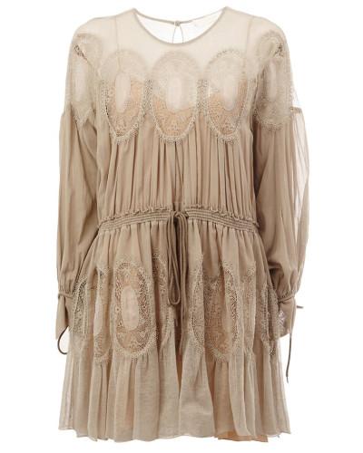 Kleid mit gehäkelten Einsätzen