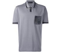- Poloshirt mit kontrastierender Brusttasche