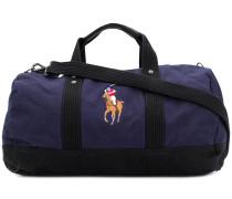 Reisetasche mit aufgesticktem Logo