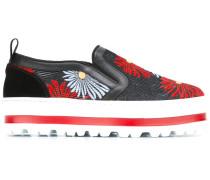 Slip-On-Sneakers mit floralen Akzenten