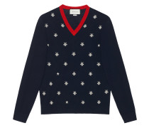Wool v-neck with bees and stars