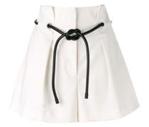 Shorts mit Origami-Falten