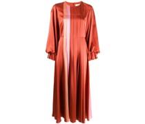 Weites Kleid mit Falten
