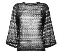 Gehäkelter Pullover mit weiten Ärmeln