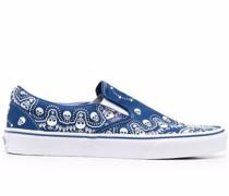 Slip-On-Sneakers mit Bandana-Print