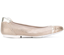 Ballerinas im Metallic-Look