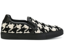 Slip-On-Sneakers mit Hahnentrittmuster
