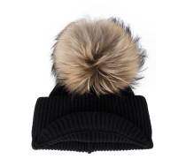 Mütze mit Fuchspelz-Pompon