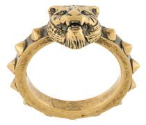 Ring mit Löwenkopf-Motiv