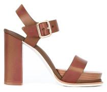 Sandalen mit Schnalle - women