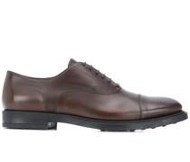 Derby-Schuhe mit Prägung