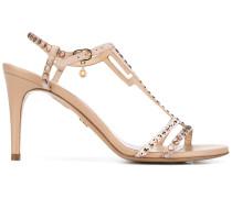 Sandalen mit geometrischen Verzierungen