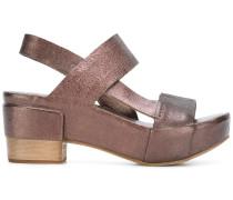 - Plateau-Sandalen im Metallic-Look - women