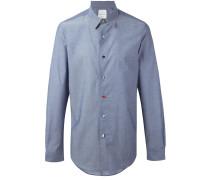 Schmal geschnittenes Hemd mit Kontrastknöpfen