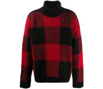 Karierter Pullover mit Wappen