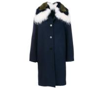 Mantel mit Fuchs- und Waschbärpelzbesatz